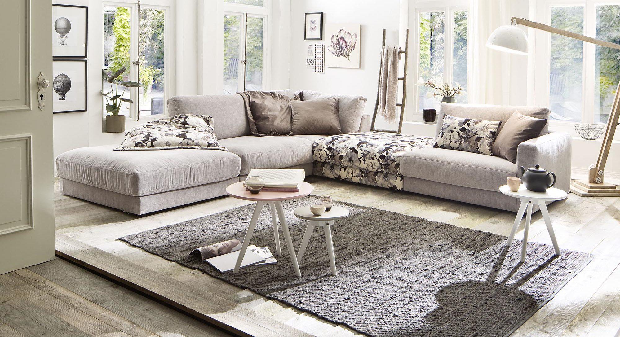 Weiße Couch